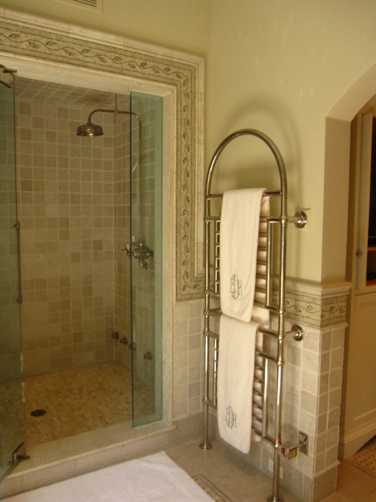 greenwich-ct-luxury-bathroom-plumber-heated-towel-rack-rainshower