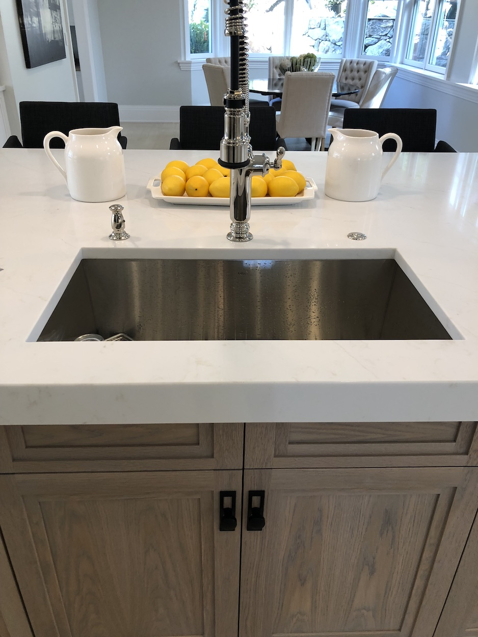 luxury-sink-fixture-rozmus-plumbing-heating